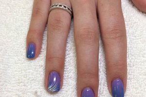 Fingers featuring shaded hues and white design accents on the third finger from Binh's